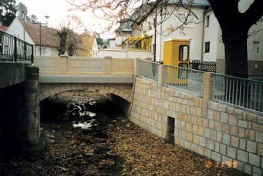 Brückenbau - Brücke mit Sandsteinballustrade - Kleber Heisserer