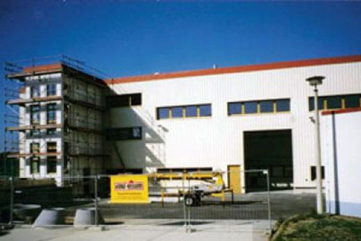 Hochbau Industriebau - Fundament- und Maurerarbeiten - Kleber Heisserer