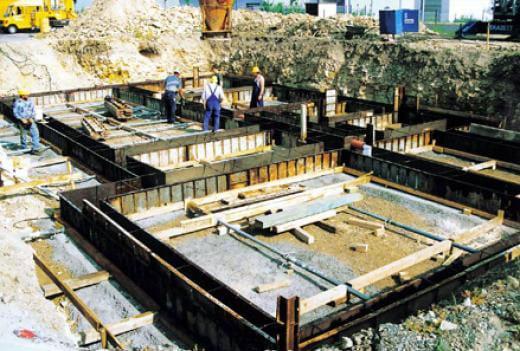 Hochbau Gewerbebau - Fundament in Dohma - Kleber Heisserer